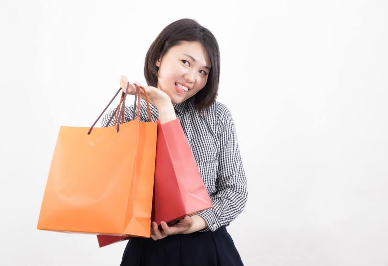 買物しすぎの女性
